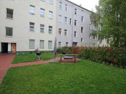 OBERSCHÖNEWEIDE: attraktive 2 Zimmerwohnung im Gartenhaus! RUHIGE LAGE!