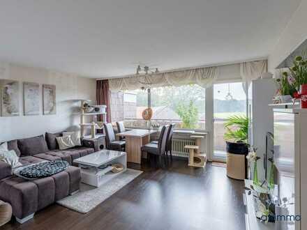 Großzügige Drei-Zimmer-Wohnung mit Sonnenbalkon und eigenem Parkplatz in ruhiger Lage
