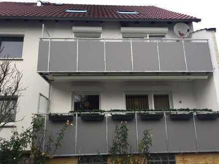 Gepflegte 4-Zimmer-Wohnung mit Balkon und Kaltwintergarten in Braunschweig