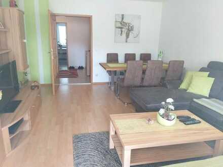 Schöne, helle 4-Zimmer-Wohnung mit Balkon und Blick ins Grüne in Ingolstadt-Süd
