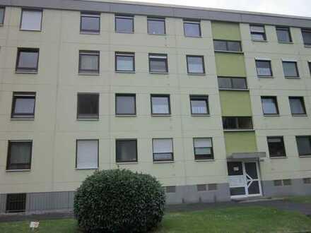 Schöne vier Zimmer Wohnung in Main-Taunus-Kreis, Schwalbach am Taunus