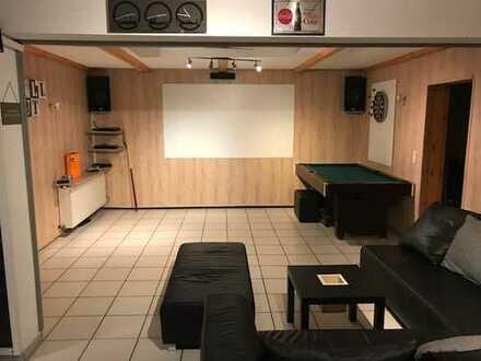 Schönes, geräumiges Haus mit sieben Zimmern in Darmstadt, Eberstadt