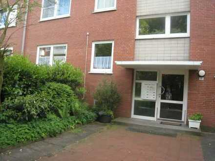 Möblierte schnuckelige 2 Zi. Wohnung im 3. OG mit Balkon , Ideal für Pendler