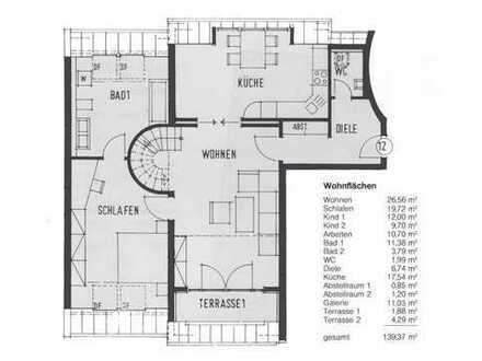Modernisierte Maisonette-Wohnung mit vier Zimmern und 2 Balkonen im Paulusviertel Halle