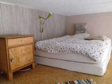 Zimmer in schöner Kreuzberger Altbauwohnung