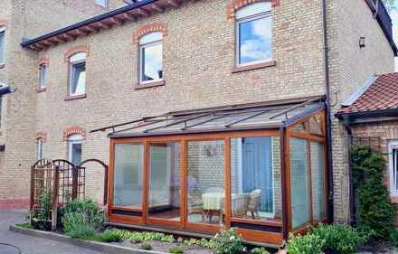 4,5 Zimmer-Maisonette-Wohnung mit Wintergarten in Mannheim-Käfertal