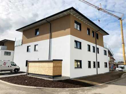 Neubau: hochwertige, schöne 2-Zimmer Wohnung bei Memmingen mit Balkon, Einbauküche und Fahrstuhl