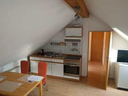 Gemütliche, komplett möblierte DG-Wohnung in ruhiger Lage in Memmingen