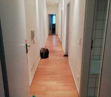 RESERVIERT * Gemütliche 2-Zimmer-Wohnung (im Innenhof) im Herzen von Rastatt