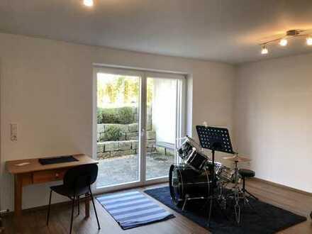Helles Appartement (35qm) mit eigener Terrasse in Staig