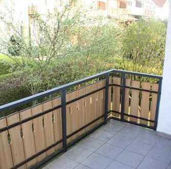 Exklusive 3-Zimmer-Wohnung mit Balkon, EBK, in toller Lage in Amorbach ab Mai