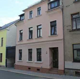 !!! ERSTBEZUG - Sanierte Wohnung im Dachgeschoss zu vemieten !!!