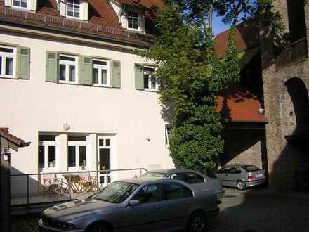Schöne 3 1/2 -Zimmerwohnung mit Loggia in der Altstadt