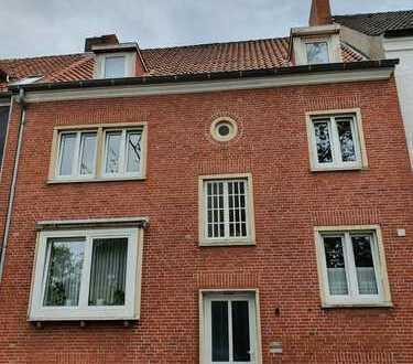 2-Zimmer-Wohnung in zentraler Lage zu vermieten!
