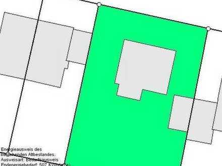 München-Hadern: Gut geschnittenes Grundstück mit Altbestand