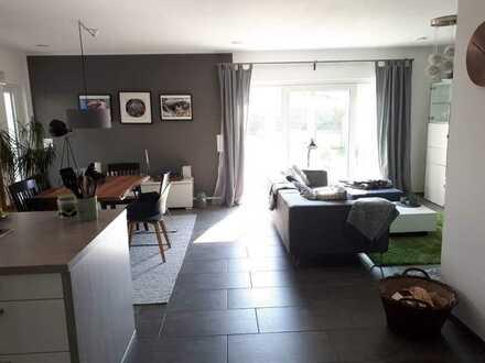 Schönes, geräumiges Haus mit fünf Zimmern in Rhein-Erft-Kreis, Wesseling