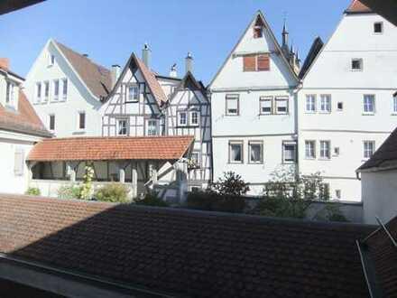 2,5-Zimmer-Maisonette-Wohnung mit Balkon in der Altstadt von Bad Wimpfen