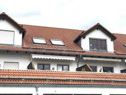 Sehr helle Maisonette-Wohnung mit großem Südbalkon, Einbauküche, Tiefgarage