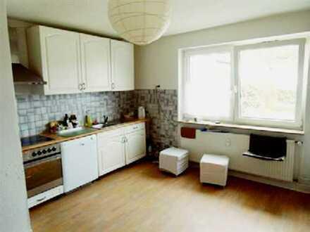 °°° Klein und Fein: 2,5-Zim.-Wohnung mit offener Küche in Fürstenhagen °°°