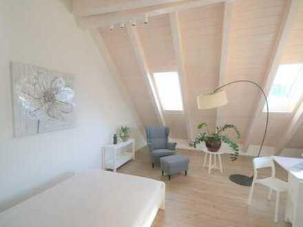 Möblierte 1-Zimmer-Einlieger-Dachgeschosswohnung im Herzen von Moosach