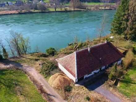 Excl. Grundstück am Rhein, Bootsrampe möglich - provisionsfrei