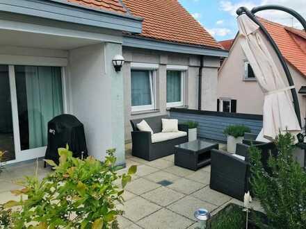 Gehobene 4-Zimmer-Stadtwohnung, große Terrasse & Einbauküche in zentraler, ruhiger Bestlage in Lahr