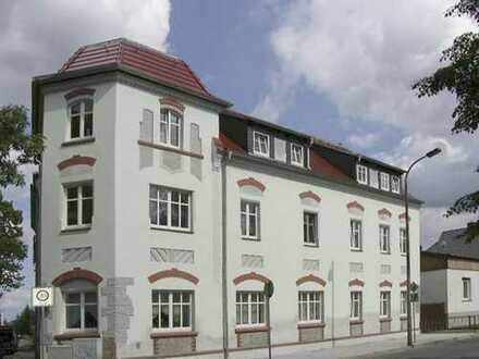 Helle 4-Raum-Wohnung 100m² im Dachgeschoß