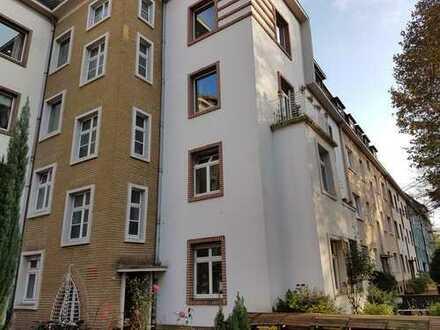 Im Kreuzviertel: Große Erdgeschoss-Wohnung