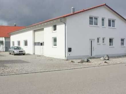 Massive, hochwertige Produktions-Halle + Stellplätze und EFH mit 3 Garagen in Graben-Untermeitingen