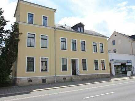3 Zimmer Dachgeschosswohnung in kleiner Wohngemeinschaft -