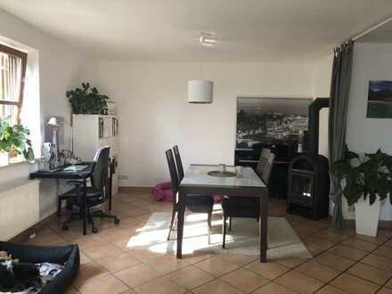 Neuwertige 2,5-Raum-EG-Wohnung in Marloffstein