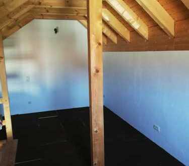 Attraktive, vollständig renovierte 3-Zimmer-DG-Wohnung mit gehobener Innenausstattung in Ebhausen