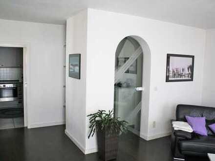 Preiswerte 6-Zimmer-Doppelhaushälfte in Gilching von privat zu vermieten