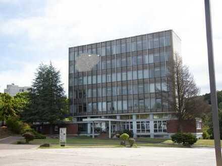 Verschiedene Büroflächen in zentraler Lage zu vermieten