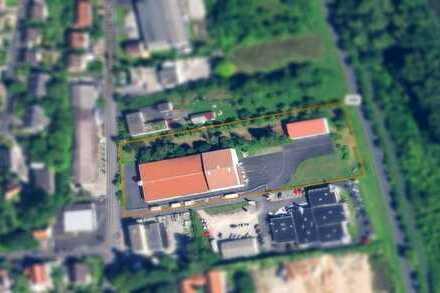 Zwei beheizbare Lagerhallen mit ca. 3.000 m² Gewerbegrundstück zu vermieten