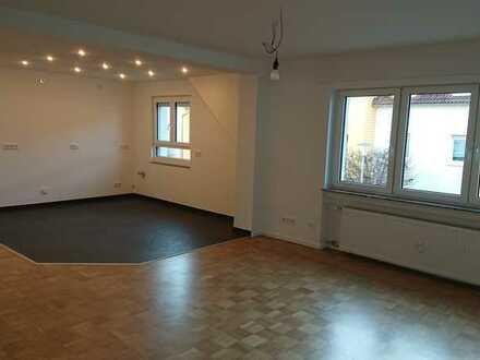 Erstbezug in moderne Wohnung nach aufwändiger Sanierung