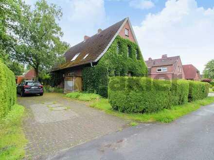 Idyllisches Ein- bis Zweifamilienhaus in guter Wohnlage von Friedeburg - Gestaltungspotenzial!