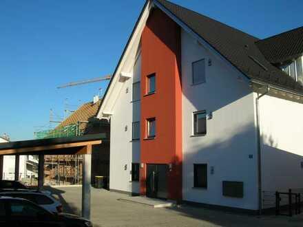 Neuwertige 3-Zimmer-DG-Wohnung mit Balkon in Ehekirchen