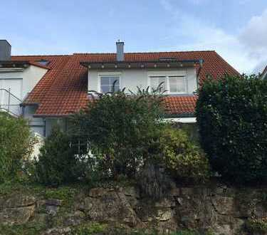 Schöne viereinhalb Zimmer Wohnung in Bönnigheim, Kreis Ludwigsburg