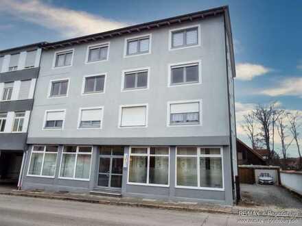 Zur Kapitalanlage - Mehrfamilienhaus mit 5 Wohnungen und 3 Gewerbeeinheiten im Herzen von Roding