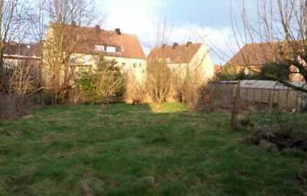 Handwerker Juwel mi 5 Zimmer (ca. 130 qm) im ruhigen Wohngebiet mit Garten, Terrasse und 2 Garagen