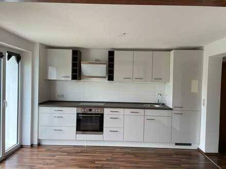 Stilvolle, neuwertige 3-Zimmer-Erdgeschosswohnung mit EBK in Pesterwitz
