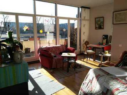 Stilvolle, modernisierte 3-Zimmer-Loft-Wohnung mit Balkon in Dresden