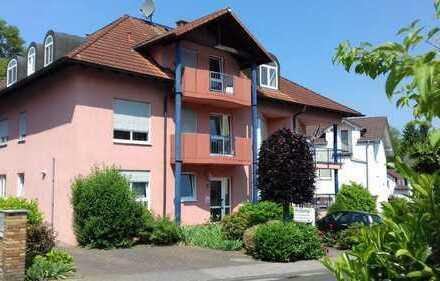 Für Kapitalanleger: Gepflegte 3-Zimmer-DG-ETW mit Balkon