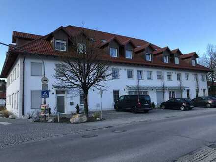 Stilvolle, neuwertige 2-Zimmer-DG-Wohnung mit gehobener Innenausstattung in Forstinning