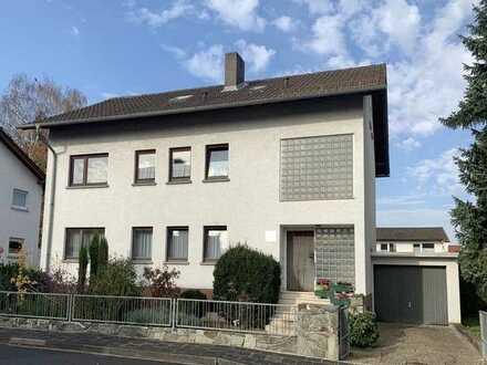 2-Familienhaus mit Einliegerwohnung im Dachgeschoss in guter Lage von Bruchköbel