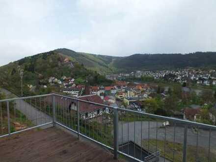 Neuwertige 2-Zimmer-Wohnung mit Balkon in Hirschhorn