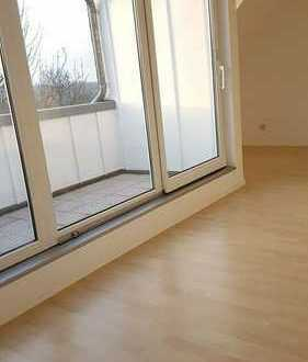 Helle gemütliche Dachgeschosswohnung 92 m² in Dresden Coschütz