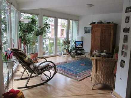 Schöne, helle 2-Zimmer-Wohnung in Frankfurt Bornheim