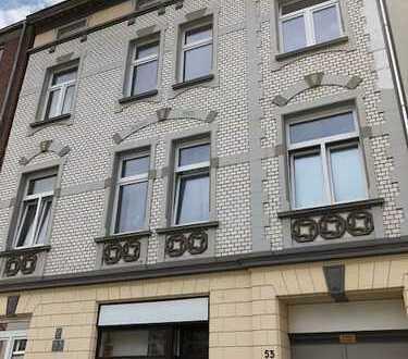 3 -Zimmer Altbauwohnung in Düsseldorf Lierenfeld